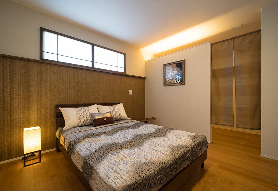 小松ヶ丘モデルハウス「リゾートスタイルの家」主寝室