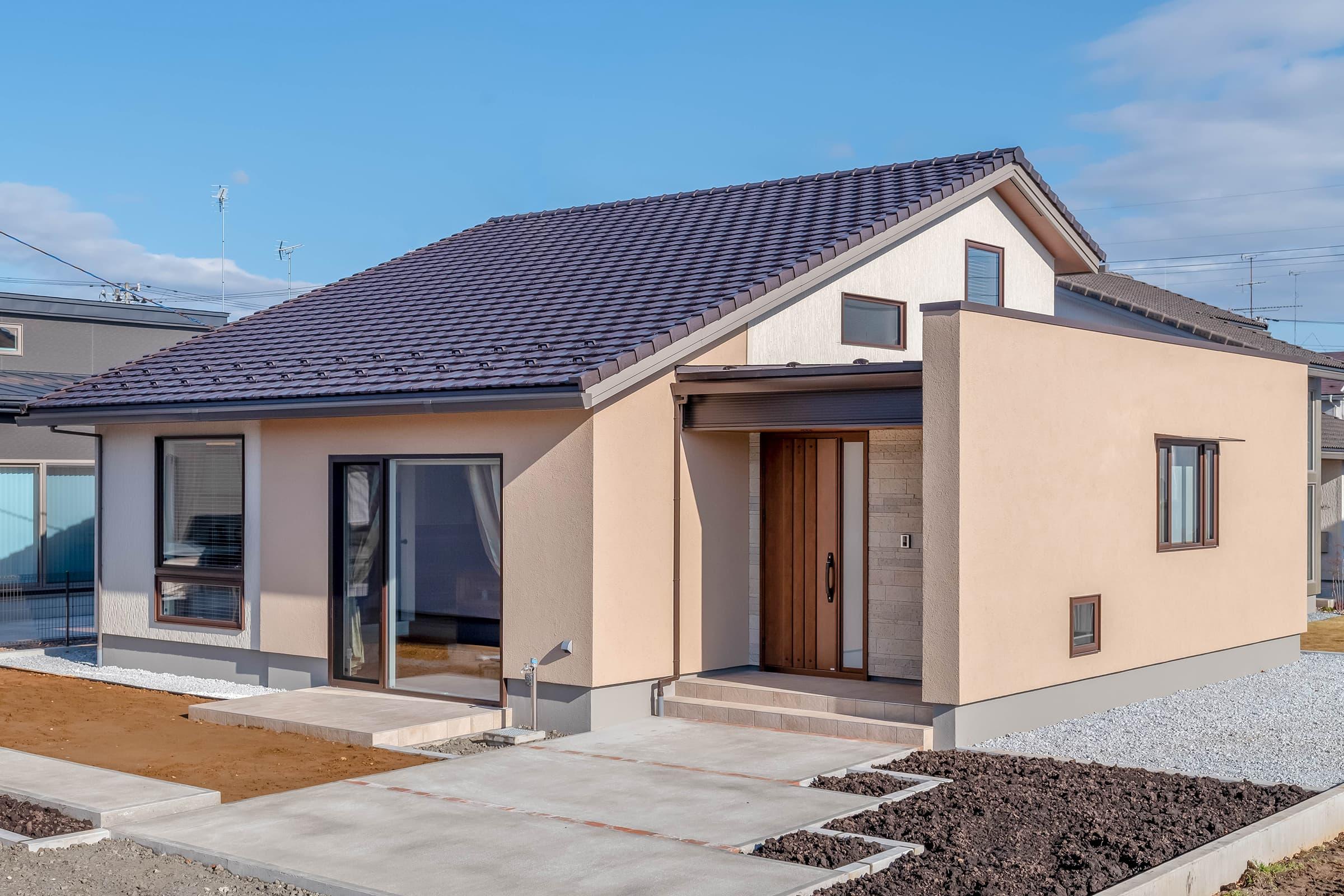 小松ヶ丘モデルハウス「平屋ベースの家」外観 Jhome_Style