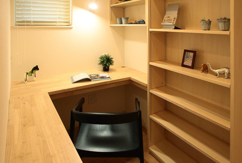1.クローズタイプの書斎